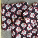 Roses on Brown Pieces
