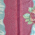 Close up of vertical stripe
